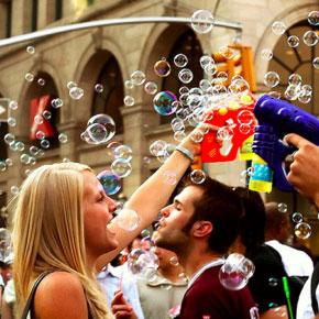 Bubble Battle Unleashes Soapy Brutality on Torontonians